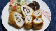 Fried chicken roll with ume pastes Everytime I work with the weight in the gym, I try to have animal protain. 🙂 It goes well with pickled plum(Umeboshi) which is […]
